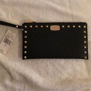 Michael Kors large zip Clutch